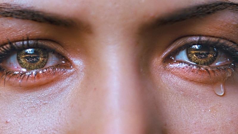 suhe in vnete oči